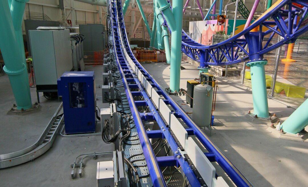 Vertical LSM Roller Coaster, Compact LSM Launch Coaster
